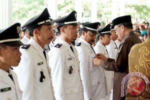 Bupati Bantaeng Lantik 25 Kepala Desa