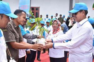 Wagub Sulbar ajak masyarakat tanam 25 pohon