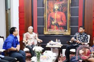 Adnan Purichta akan resmikan Giant Ekstra