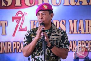 Prajurit Lantamal latihan penanggulangan bentrok jelang pilkada