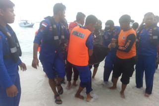 Warga Jakarta tenggelam di Pulau Kambing Bulukumba