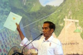 Presiden serahkan ribuan sertifikat tanah di Sulsel