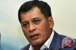 Nurdin Halid urus administrasi kepindahannya ke Makassar