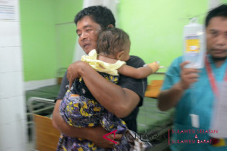 Polrestabes Makassar bantu  perawatan korban peluru nyasar