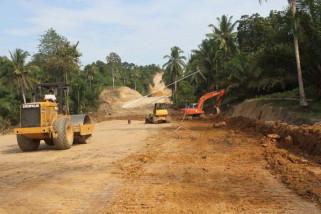 Pemprov Sulbar diminta jelaskan masalah pembangunan jalan