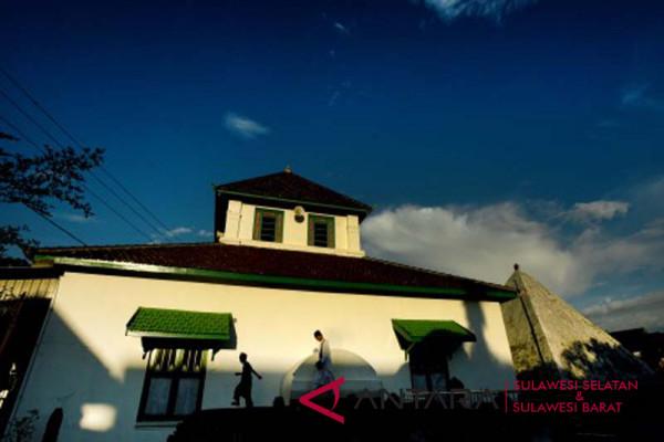 Ngabuburit di Masjid Tua Katangka