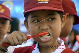 Peringatan WODH Makassar dirangkaikan gerakan makan ikan
