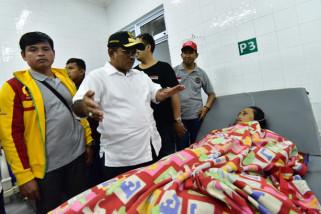 Penjabat Gubernur Sulsel kunjungi korban kapal tenggelam