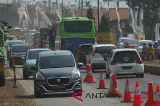 Arus lalu lintas poros Polman terpantau lancar