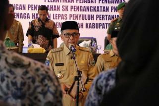 Nurdin Abdullah lantik 56 orang pejabat pengawas Pemkab Bantaeng
