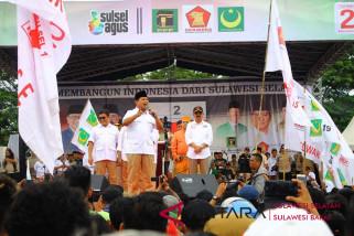 Prabowo bakar semangat pendukung pasangan Agus-TBL  di Makassar