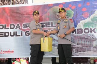 Kapolda Sulsel serahkan Rp1 miliar untuk Lombok