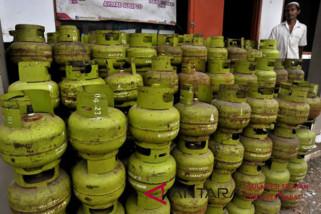 Polisi tindak penjualan gas elpiji  langgar HET