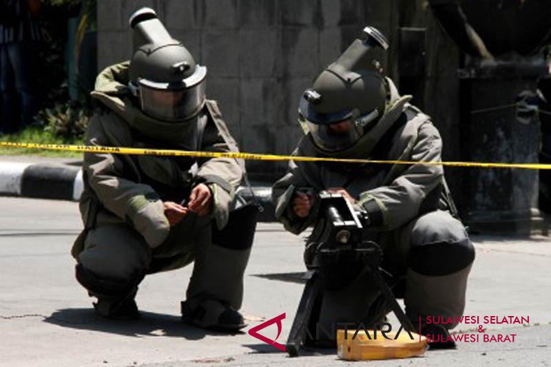 Simulasi penjinakan bom