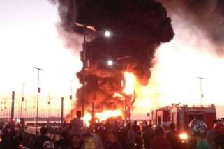 Satu unit kapal terbakar di Pelabuhan Selayar