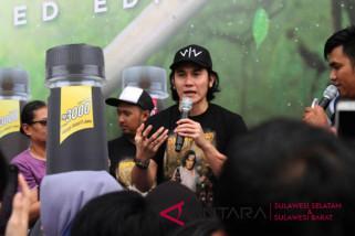Bintang Wiro Sableng sapa penonton Makassar