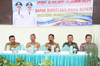 Warga Kecamatan Sinoa dan Uluere curhat pada Bupati Bantaeng