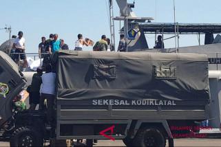Lantamal VI berangkatkan empat KRI bantu korban gempa