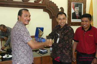 Sekretariat DPRD Sulsel Kunjungi Bali Perluas Informasi