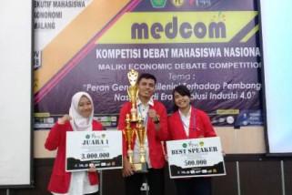 Mahasiswa Fisip Unhas juara debat ekonomi