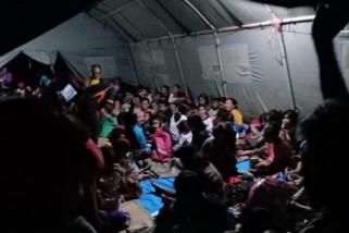 Pengungsi gempa di Mamuju butuh bantuan pemerintah