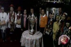 Grup Kolintang Nandayu Raih Piala Ibu Negara