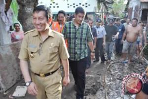 Pemkot Manado salurkan uang sewa korban bencana