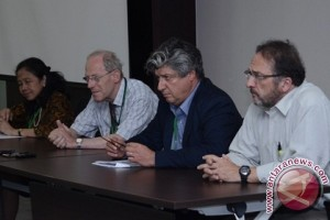 The 13Th annual colloquium of the International Union for Conversation of Nature