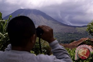 Four Volcanoes Show Increase In Activities In North Sulawesi -