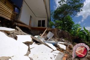 Tiga WNI tewas dan 55 terluka akibat gempa Taiwan