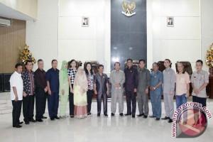 DPRD Rejang Lebong Pelajari Program Unggulan Manado