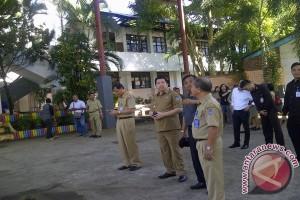 SMA  dua Manado terbakar siswa diliburkan