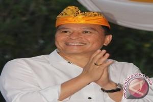 Wali Kota Tomohon Ajak PNS Pelopori Lunas Pajak-Retribusi