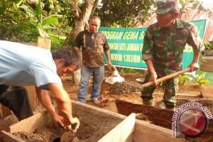 Kodim Bolmong bangun puluhan jamban masyarakat