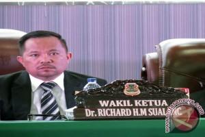 Pimpinan DPRD Manado : Pembahasan pelaksanaan APBD 2015 ajang evaluasi