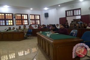 Darea Masukan Kesimpulan persidangan kepada Majelis Hakim
