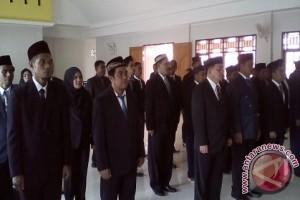 Panitia Pengawas Kecamatan Pilkada Sangihe dilantik