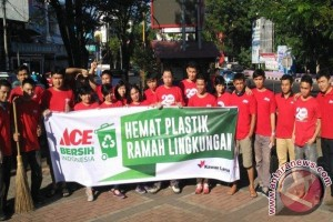 ACE Peduli Sampah Plastik di Manado
