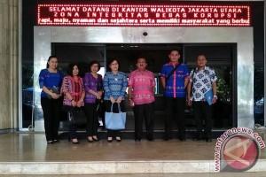 Lurah Berprestasi Manado Studi Banding di Jakarta Utara