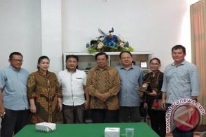 DPRD  Mahakam Ulu Belajar Pembangunan Di Manado