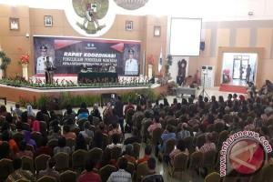 Wagub Kandouw Berharap Diknas Tingkatkan Kualitas Pendidik