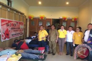 Golkar Minahasa Utara Kumpulkan 111 Kantong Darah