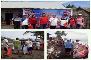 Peringati Hari Nusantara, DKP Mitra Bersih-Bersih Pantai