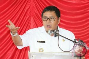 Bupati Sumendap Minta Pemerintah Desa Memperhatikan Pelayanan