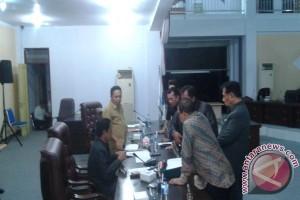 Paripurna AKD Minahasa Utara Banjir Interupsi