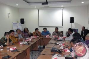 Nias Barat Belajar  Penyusunan Naskah Akademik Raperda di DPRD Manado