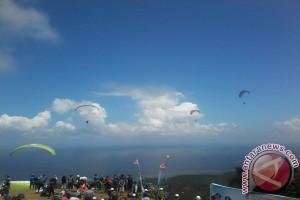 Gubernur buka Kejuaraan Dunia Paralayang Di Manado