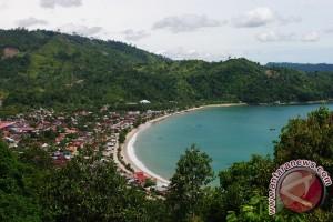 Objek Wisata Minahasa Tenggara Dipadati Pengunjung