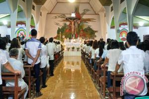 Misa Kamis Putih Umat Katolik