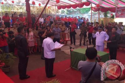 Bupati JWS Tuntaskan Pelantikan Hukum Tua di Minahasa